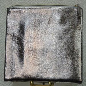 BLOOMINGDALE'S Cosmetic BAG Travel PRICED CHEAP